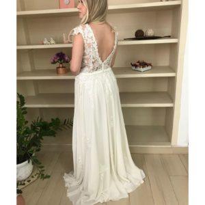 Vestido de noiva estilo boho, chic, com busto bordado