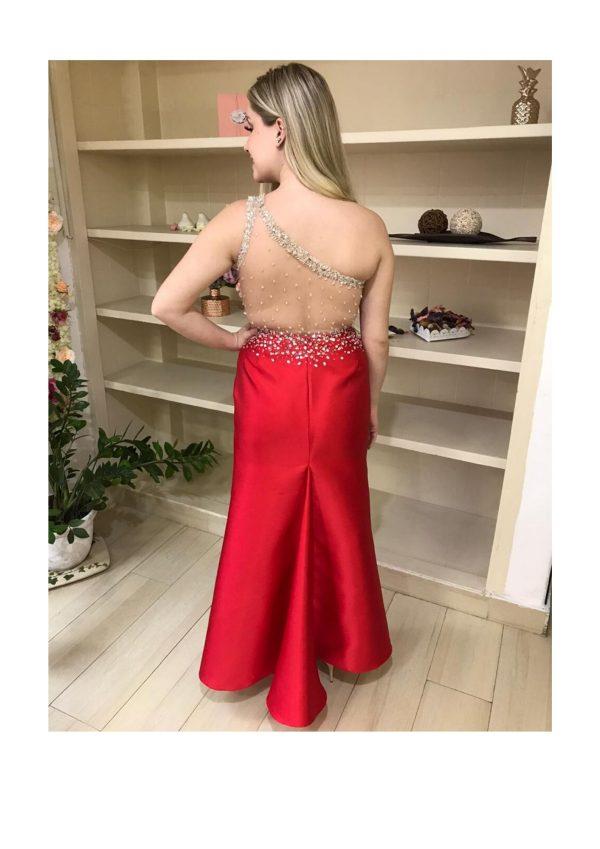 Vestido de festa zibeline vermelho, ombro só com busto bordado em prata, com fenda na frente, costas transparente