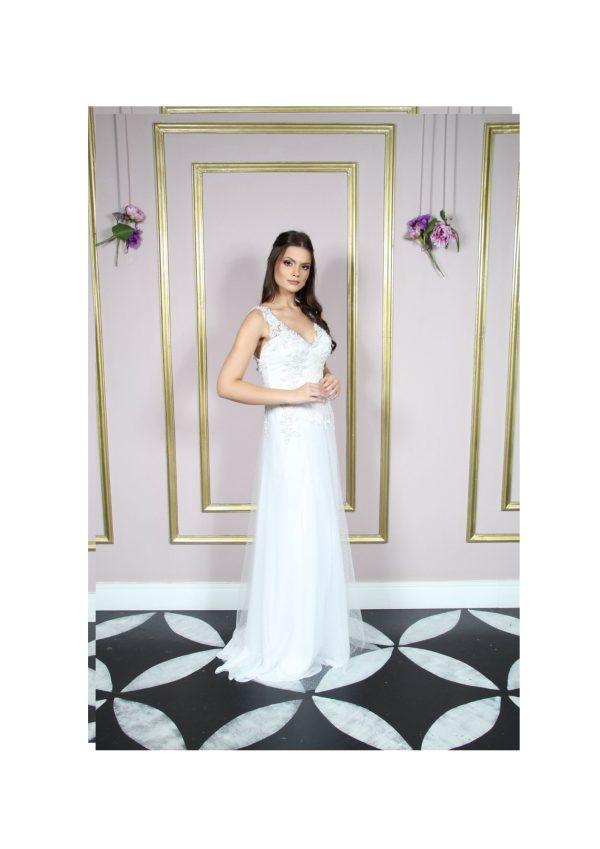 Vestido de noiva decote V, com bordado e saia de poá em formato A