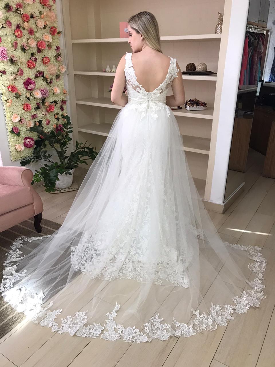 Alugar vestido de noiva de alta costura é mais econômico