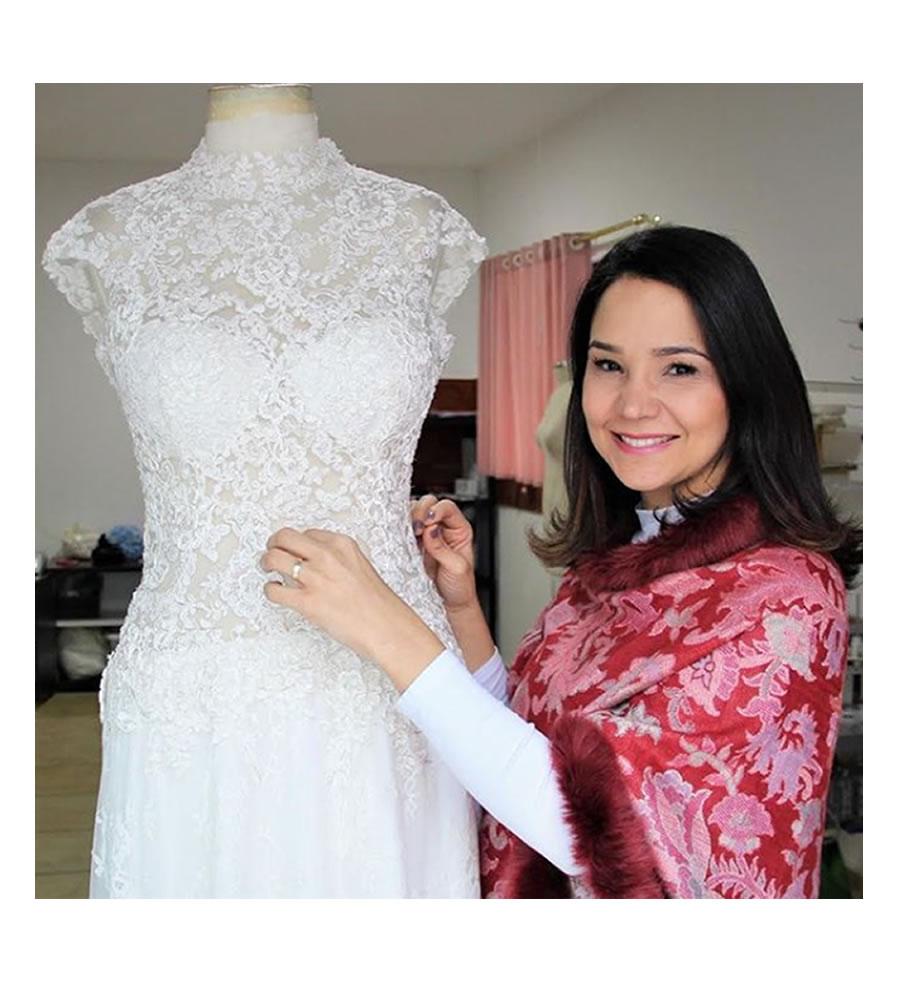 Estilista alta costura vestido de noiva e madrinhas